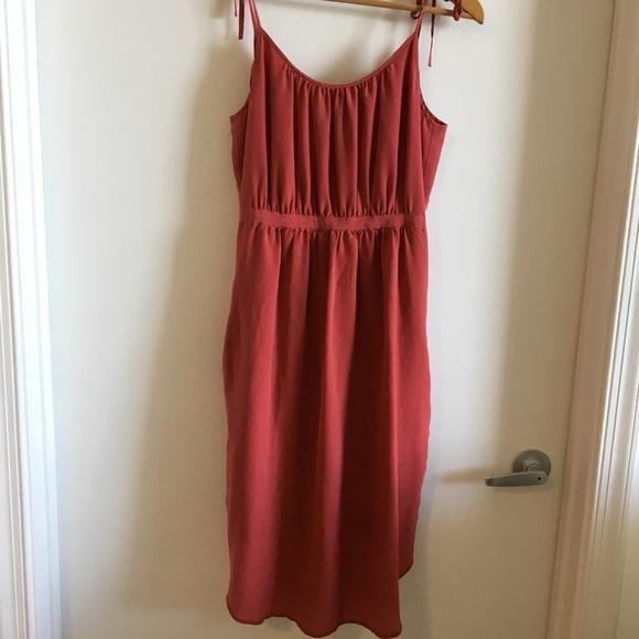3e71521c99f Madewell Dresses   Skirts - Silk Madewell Red Dress